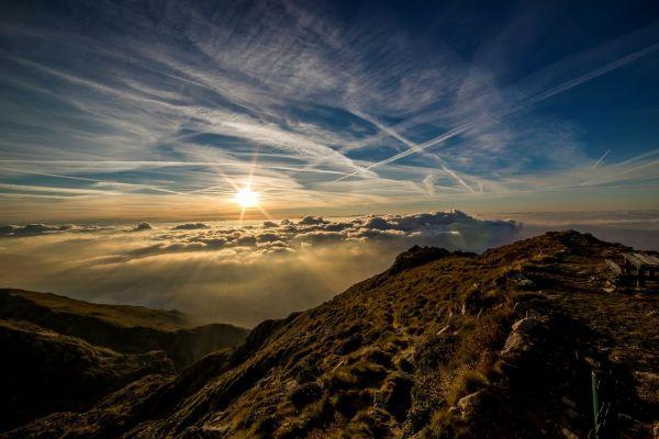 八白土星 山 夕日
