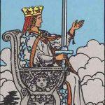 タロットカードの小アルカナ「ソードのクイーン」の意味と解説