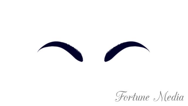 アーチ型の眉毛