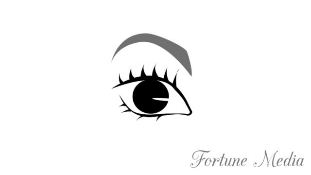 半月型の眉毛