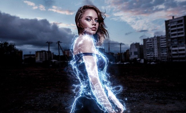 ヒロイン ヒーロー 女性 エネルギー 女の子