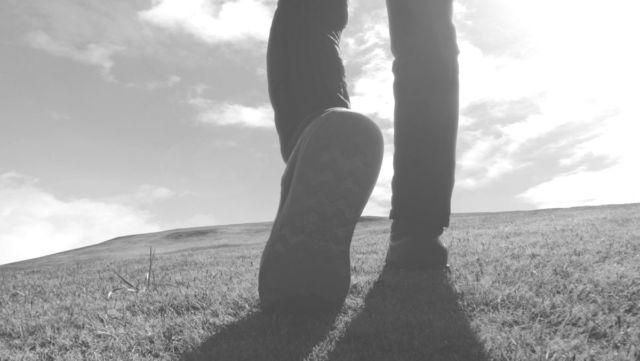 新しい第一歩 脚 足